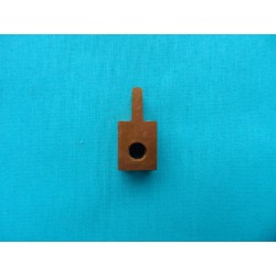 Device for bushing cloth